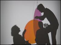 Montaje de la obra de Olafur Eliasson, Your welcome reflected, 2003, para la exposición Máquinas de Mirar
