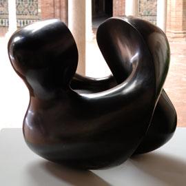 EQUIPO 57. Sin título, 1959.  60 x 46 x 43 cm. Bronce patinado en negro