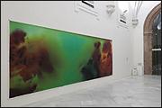 WOLFGANG TILLMANS. Neutral Density B, 2009. Densidad neutra. Inyección de tinta sobre papel. 204 x 605 cm. Colección CAAC. Foto Guillermo Mendo