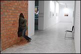 Vista de sala de la exposición 'Libia Castro & Ólafur Ólafsson. Tu país no existe' (CAAC 24 noviembre 2011 - 12 febrero 2012). Cortesía de los artistas