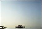 FIONA TAN. West Pier IV, 2006 [Muelle Oeste IV]. Fotografía, 75 x 96 cm. Cortesía de la artista y Frith Street Gallery, Londres