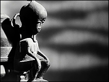 Alain Resnais, Chris Marker and Ghislain Cloquet. Les statues meurent aussi, 1953